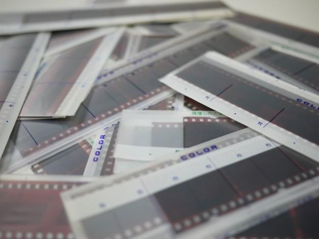 長期保管するならどうすべき!?ネガフィルムの適切な方法
