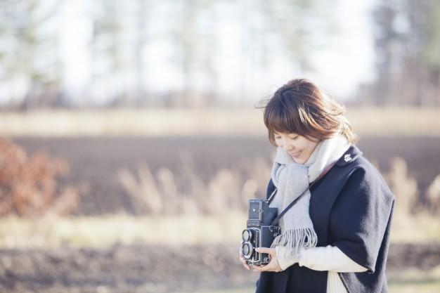 カメラのデジタル化が進んで十数年、写真鑑賞もネガからデジタルへ