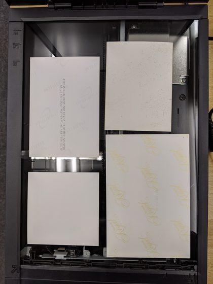 CanoScan LiDE 400 バラ写真4枚を並べた状態